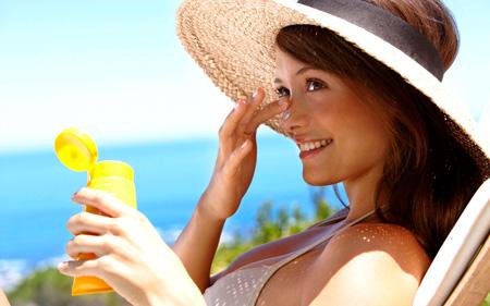 уход за кожей лица летом