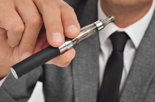 Курение электронных сигарет и инсульт