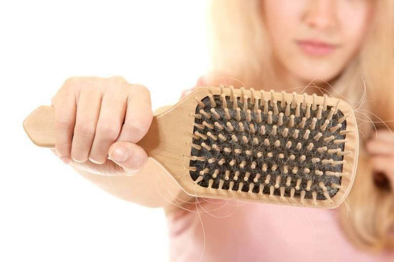 Маска для волос от выпадения в домашних условиях