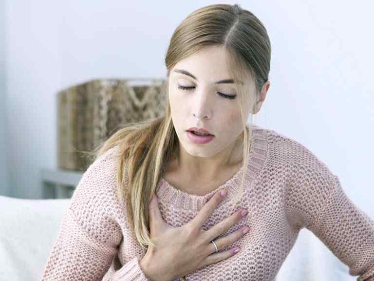 Грудной остеохондроз, симптомы, ощущение
