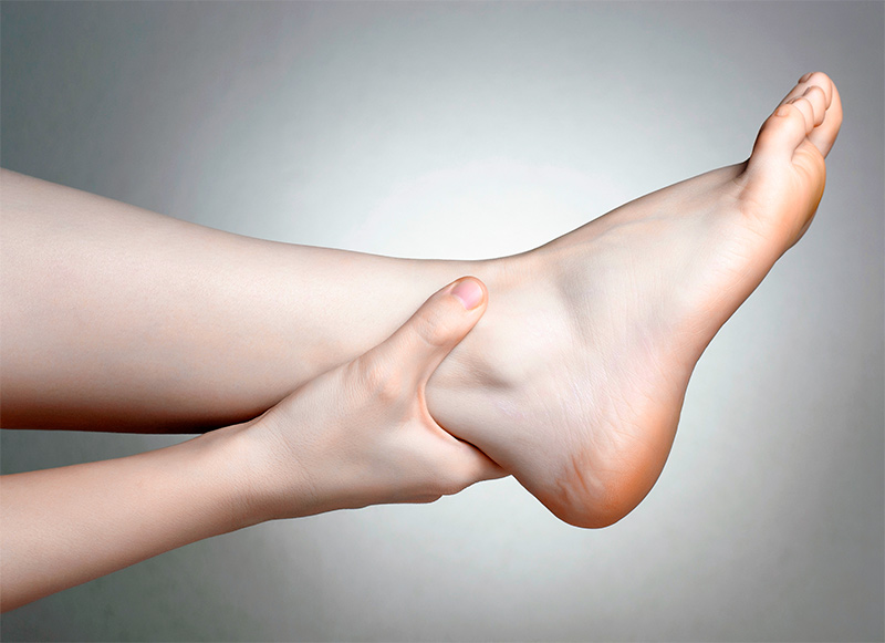Лечение бородавок на стопе традиционными способами