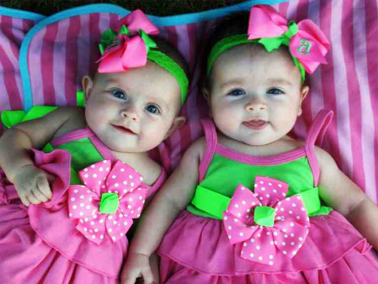 Как забеременеть двойней или близнецами естественным путем