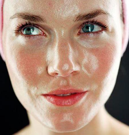жирная кожа лица летом