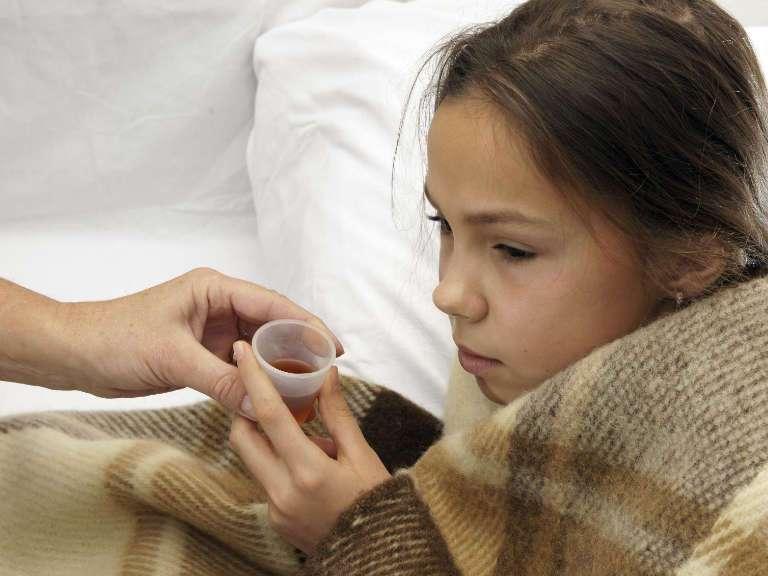 Влажный кашель у ребенка, чем лечить, народные средства