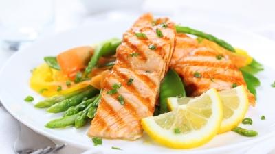 Рыба с овощами на обед