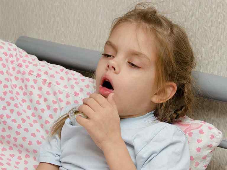 Кашель у ребенка, чем лечить без температуры народные средства
