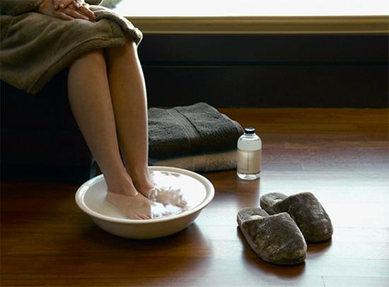 Лечение псориаза народными средствами. Эффективные компрессы и отвары