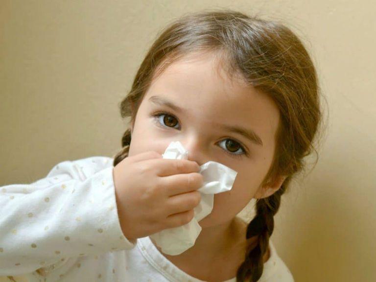 Зеленые сопли у ребенка, как лечить