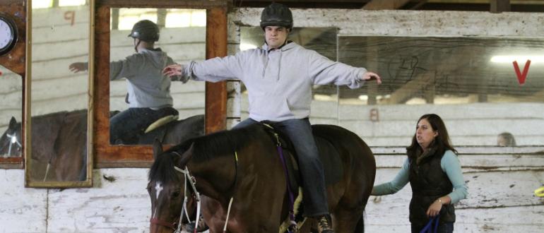 верховая езда и музыкотерапия после инсульта