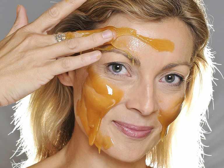 Маска для лица с медом в домашних условиях