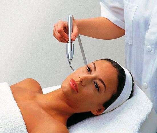 Себорейный дерматит волосистой части головы: одно из самых «не приятных» заболеваний кожи