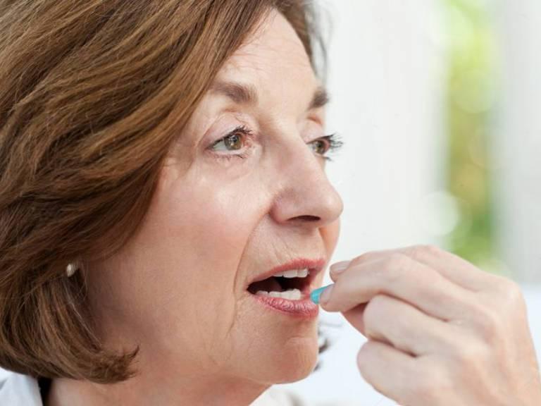 Витамины при климаксе у женщин негормональные