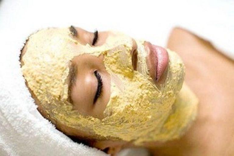 Как правильно наносить банановую маску на лицо