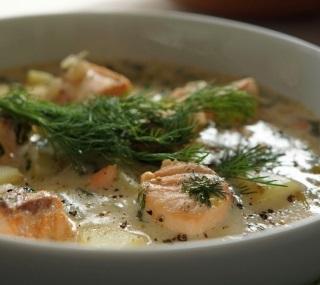 Суп с гречкой и красной рыбой