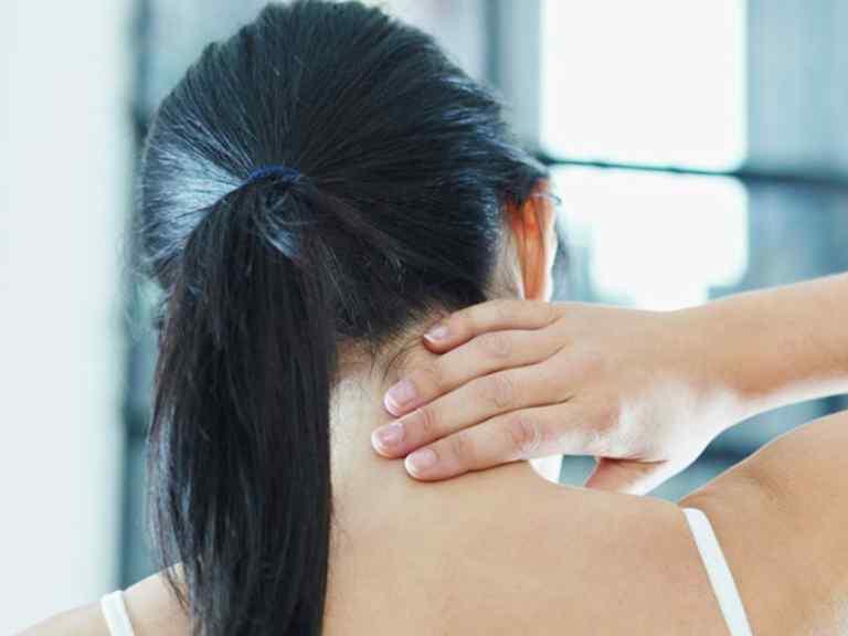 Шейный остеохондроз, симптомы, лечение в домашних условиях