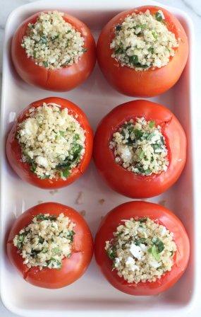 Фаршированные помидоры с киноа в духовке