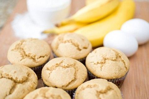 Творожно-банановые маффины