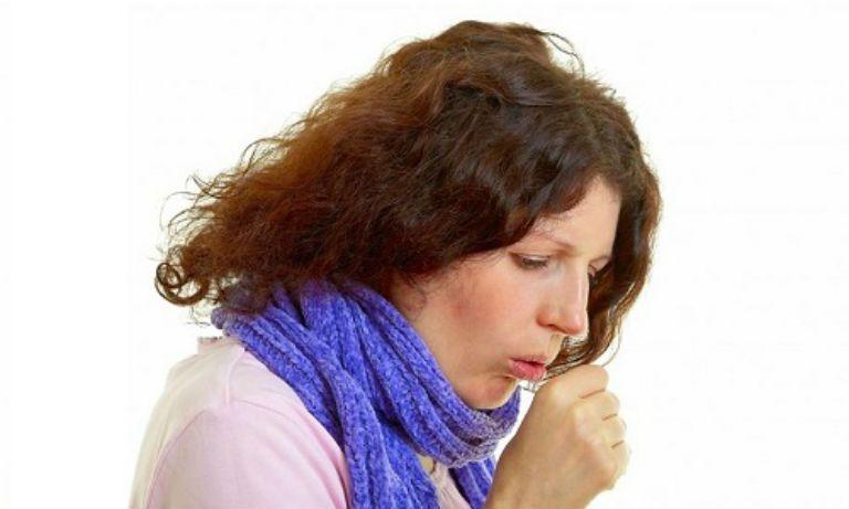 Чем лечить бронхит и кашель у взрослого в домашних условиях: советы и рекомендации