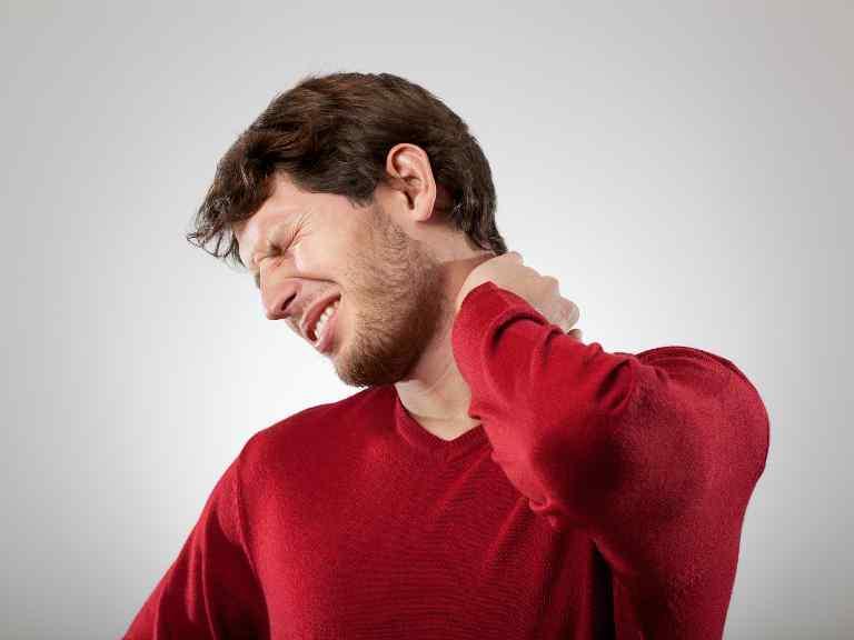Остеохондроз шейного отдела позвоночника, симптомы и лечение