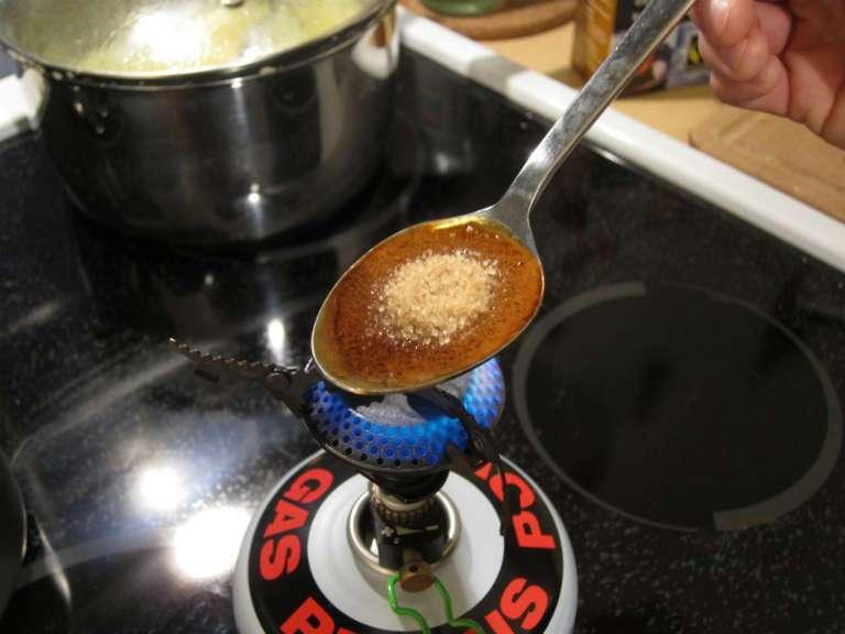 Жженый сахар от кашля, польза и вред