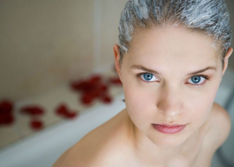 Маска для волос из кефира в домашних условиях